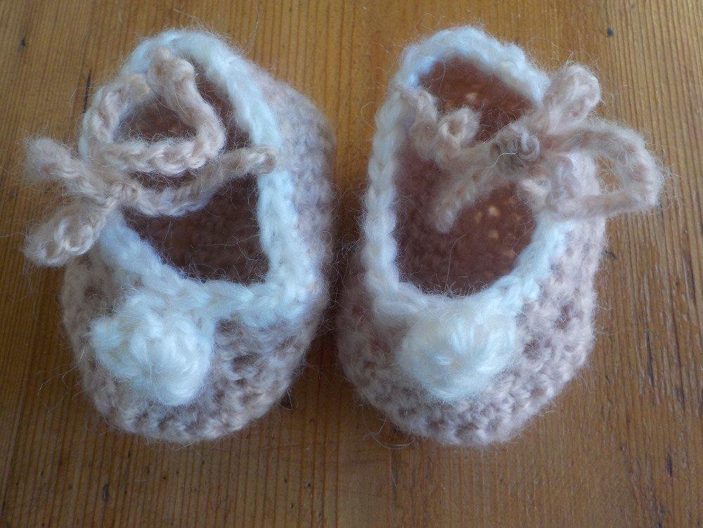 Chaussons bébé, naissance au crochet en mohair