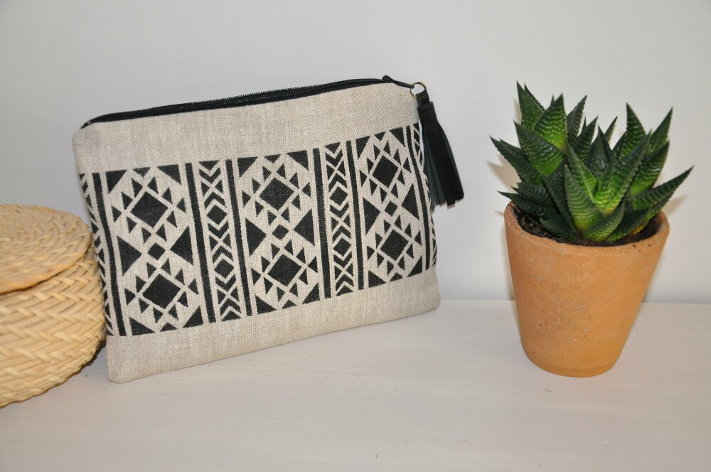 Pochette / trousse ethnique aztèque en lin avec pompon cuir