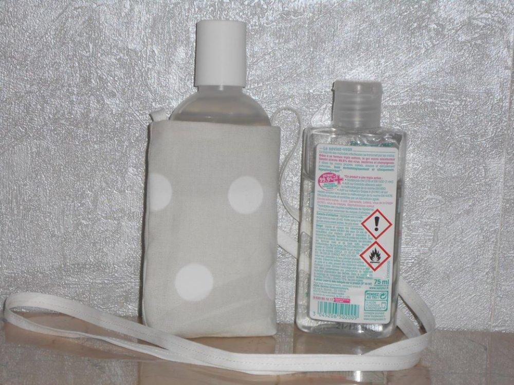 Pochette nomade de rangement gel hydroalcoolique étui sautoir gris pale pois blancs