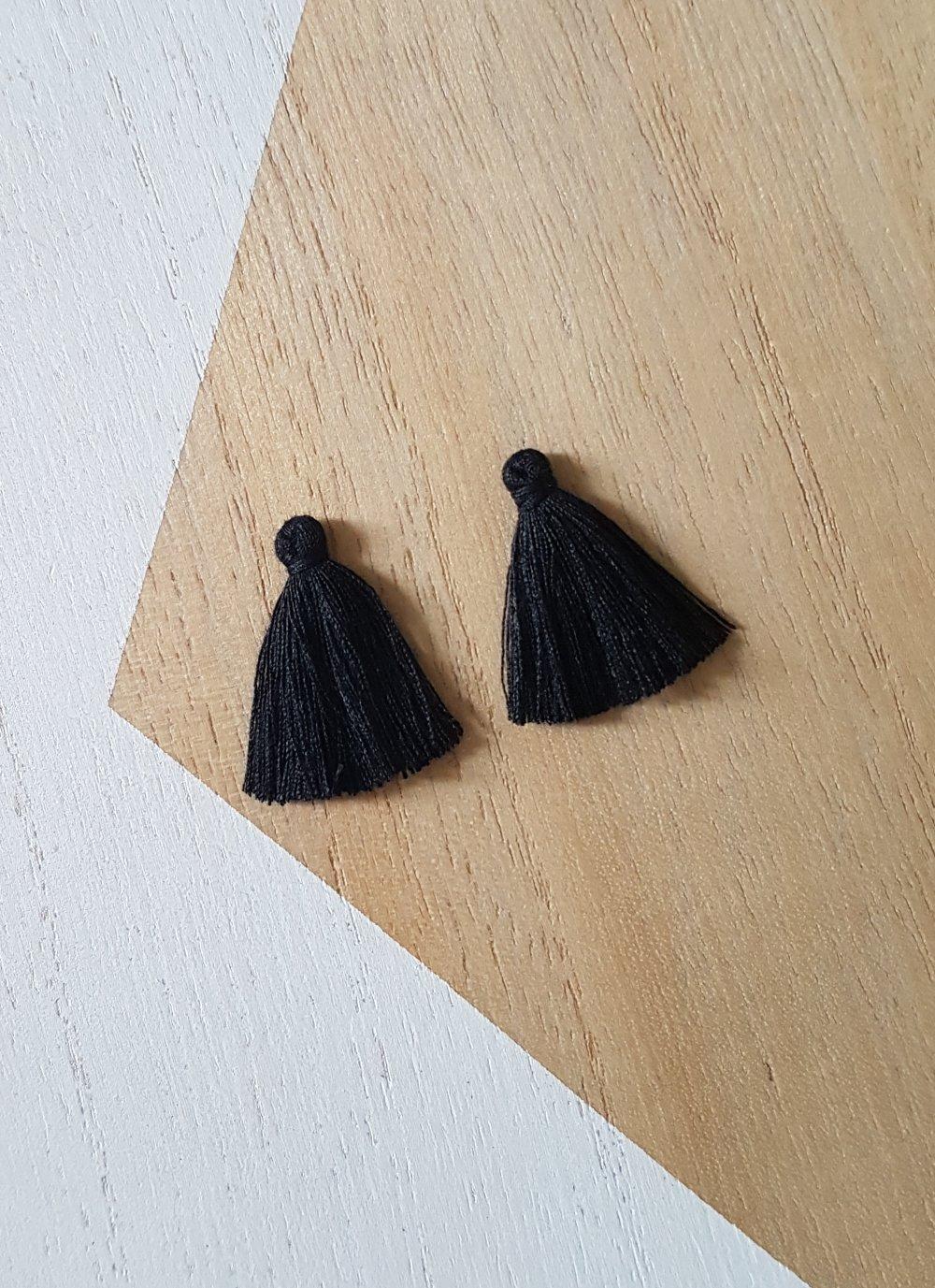 5 Pompons Noir