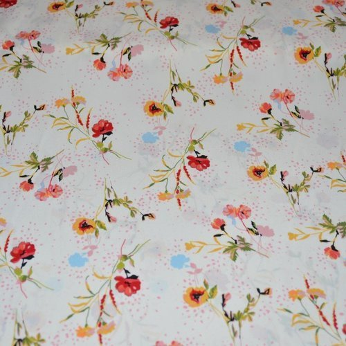 Tissu polyester, blanc cassé motif floral, coupe par 50 centimètres - tissu collection  printemps- eté 2020