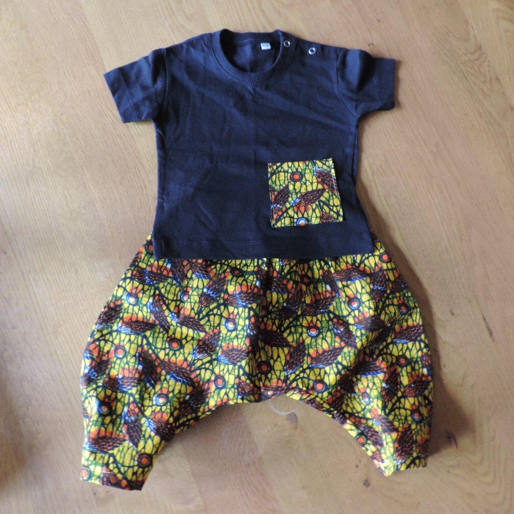 Ensemble bébé tee shirt et sarouel - taille: 6/9 mois