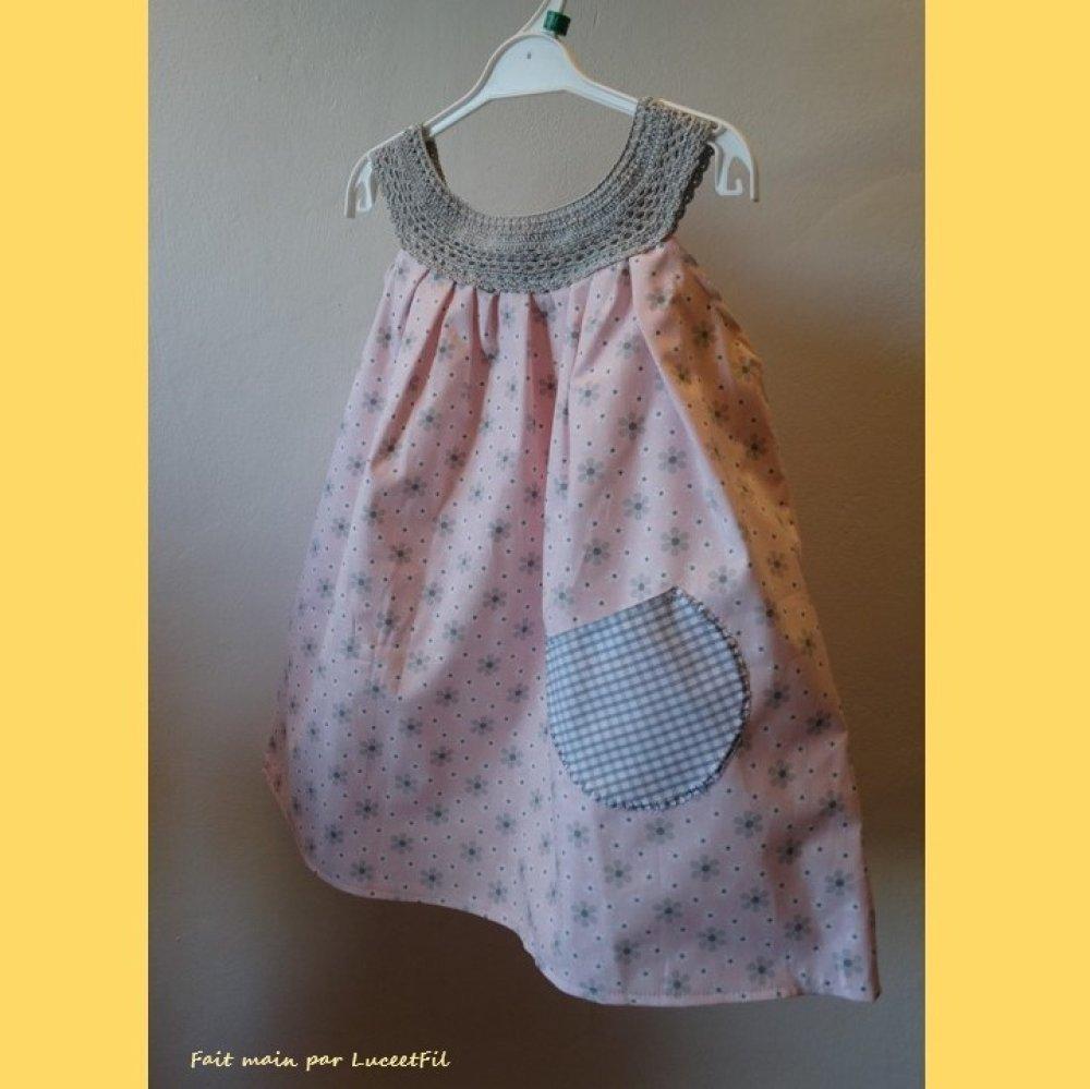 Robe bébé pastel à encolure ronde - Taille: 18/24 mois