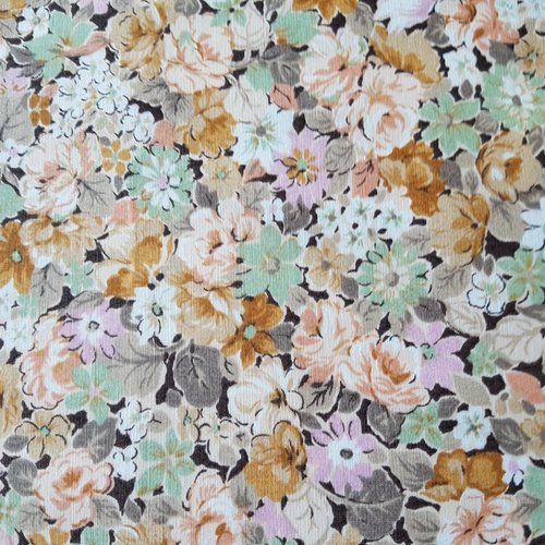 Tissu c1048 fleurs beige orangé coupon 35x50cm
