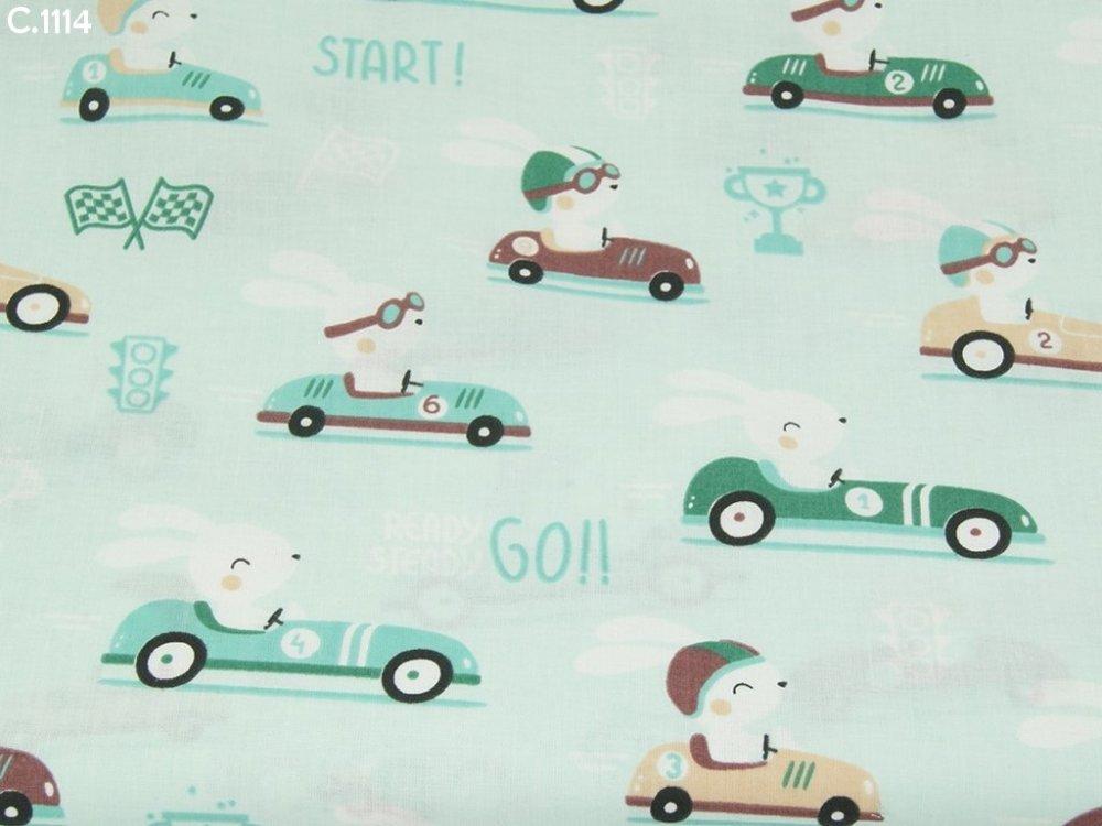 Tissu C1114 Lapins en voiture sur fond vert coupon 50x70cm