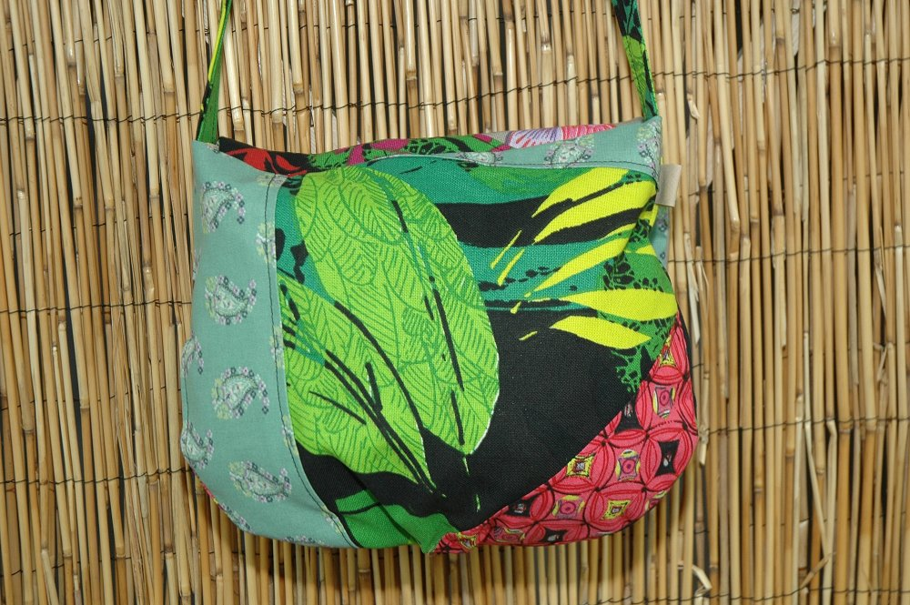 Sac Petite Besace Tissus Patchwork Collection Lyna Réf 4627