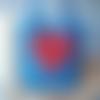Sac cabas en toile de jute bleue et coeur rouge