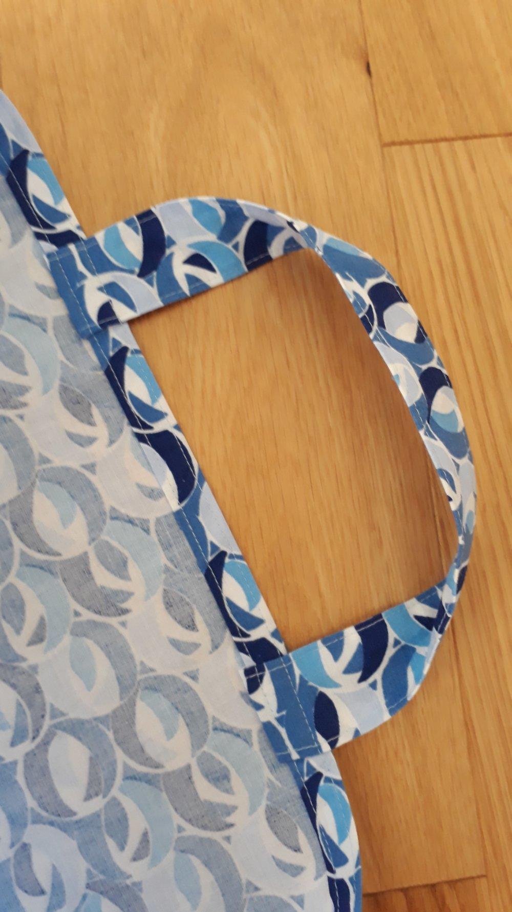 Sac de courses pliable en tissu bleu