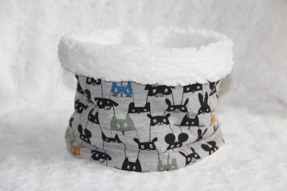Snood enfant-Tour de cou-Cache cou-Motifs chats,lapins...Taille 6 à 12 ans