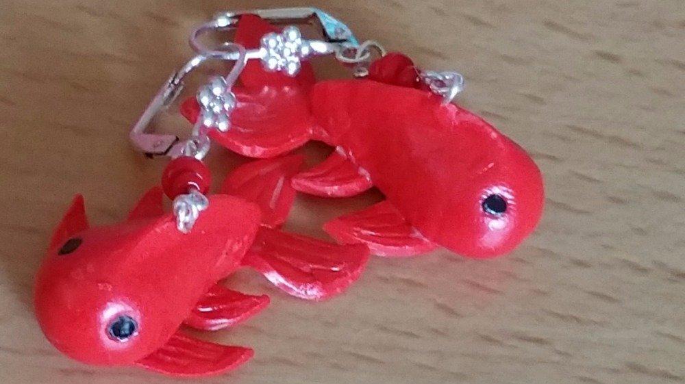 boucle d'oreille poisson rouge