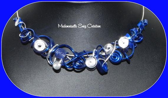 """Collier Tour de Cou Rigide : Fil Aluminium """" Bleu Nuit """""""