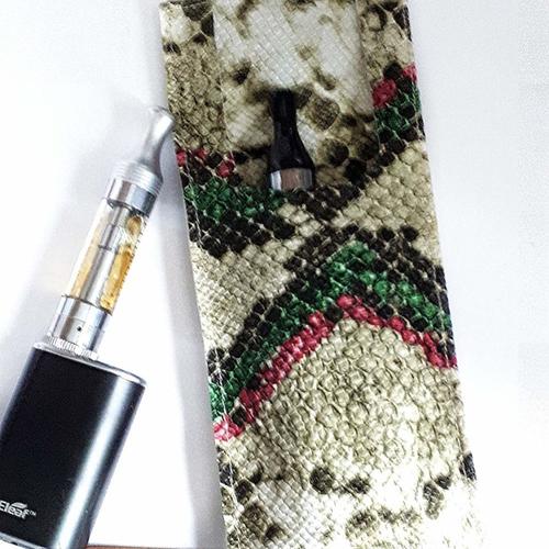 Porte cigarette électronique à la ceinture simili cuir imitation peau de serpent beige vert, étui à cigarette électronique