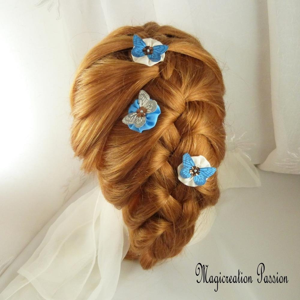 épingles chignon fleurs et papillons soie blanche et bleue coeur de sequin - modèle Mia