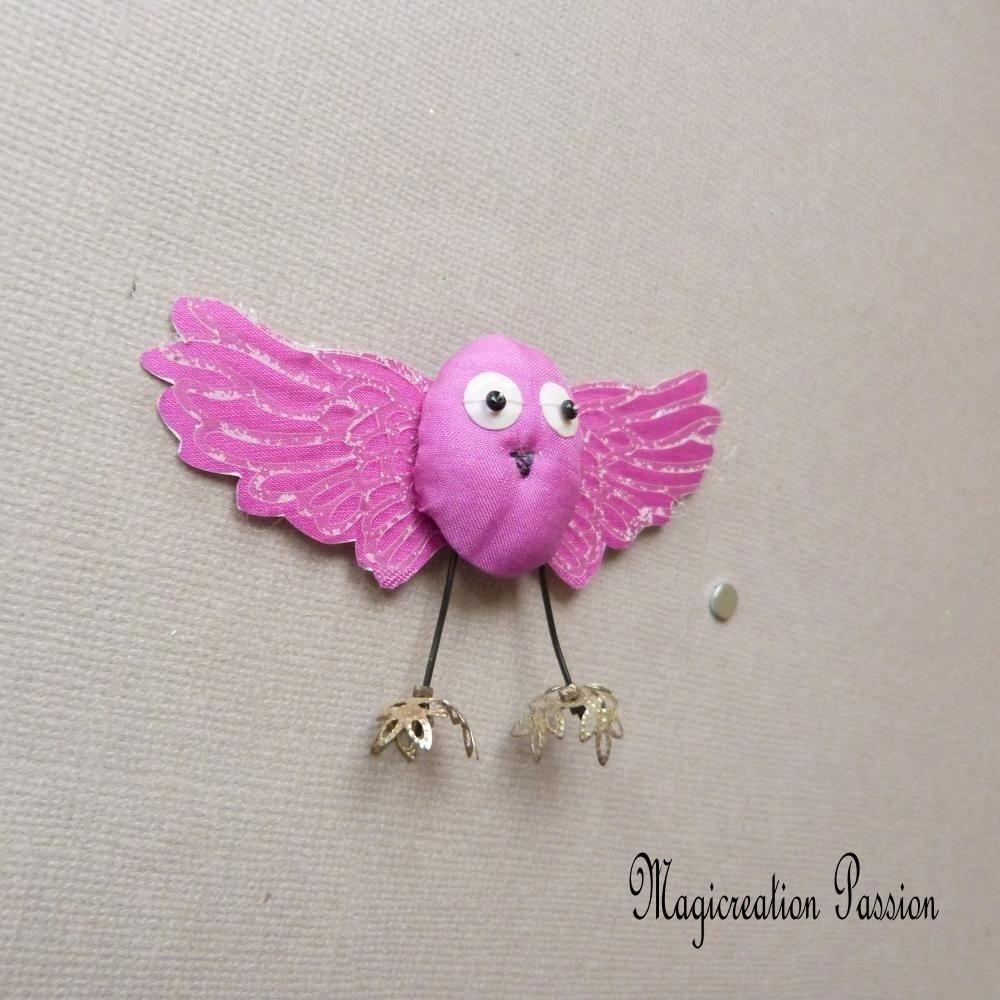 Chouette magnet décoratif de soie rose fuchsia en 3D + 1 aimant