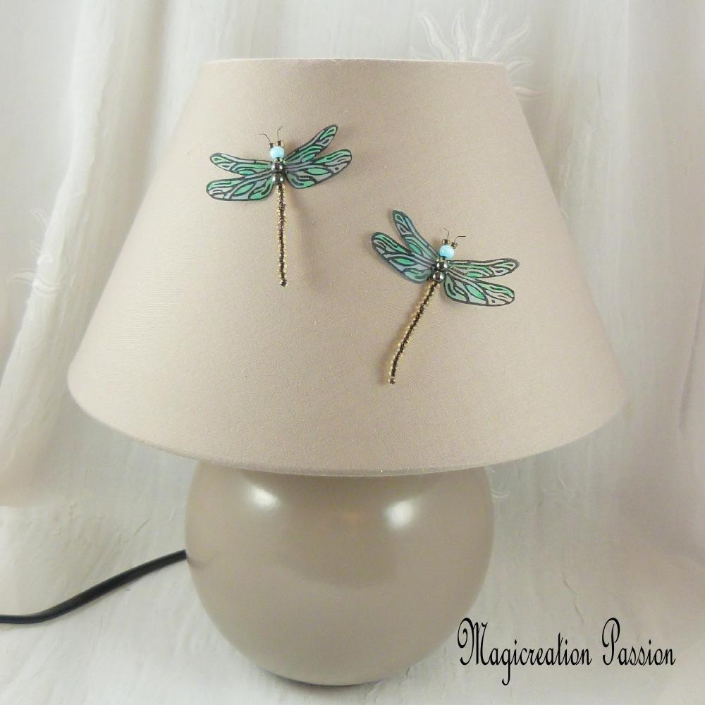 magnets libellules transparentes bleues 5 cm  + 2 aimants