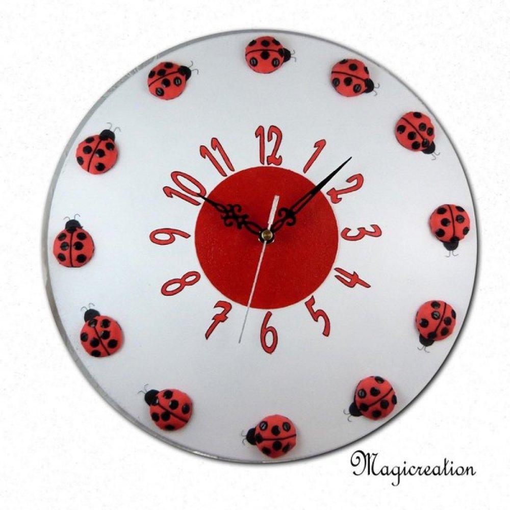 horloge murale silencieuse la ronde des coccinelles