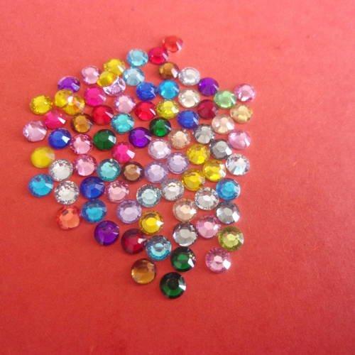 Lot de 20 mini-strass multicolores facettés en acrylique, à coller - 4mm