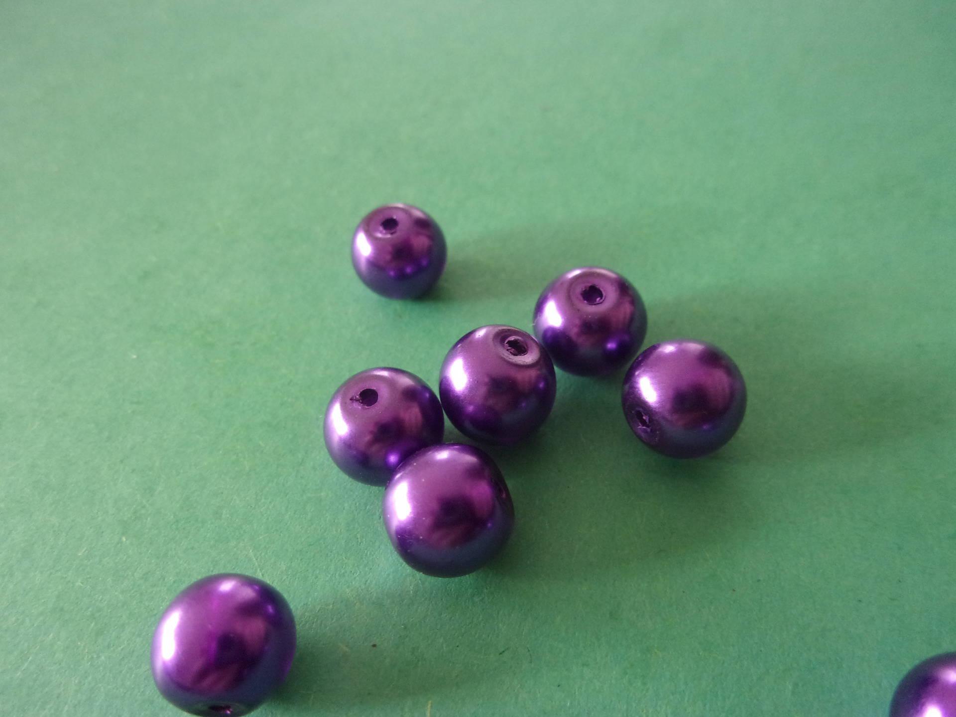 Lot de 2 perles en verre violettes nacrées rondes - 0,8mm