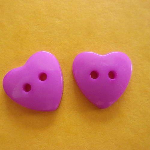 Lot de 2 boutons roses en forme de coeur, en acrylique, 2 trous - 15mm