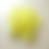 50 perles fleur étoile lucite jaune 17mm