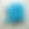 Lot 20 perles lucite muguet bleu 9mm