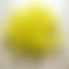 Lot 20 perles lucite muguet jaune 9mm