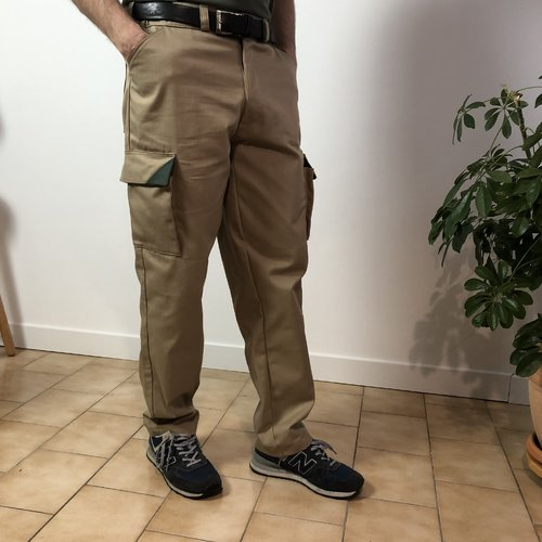 Patron de couture pour homme, short avec découpe sport dans