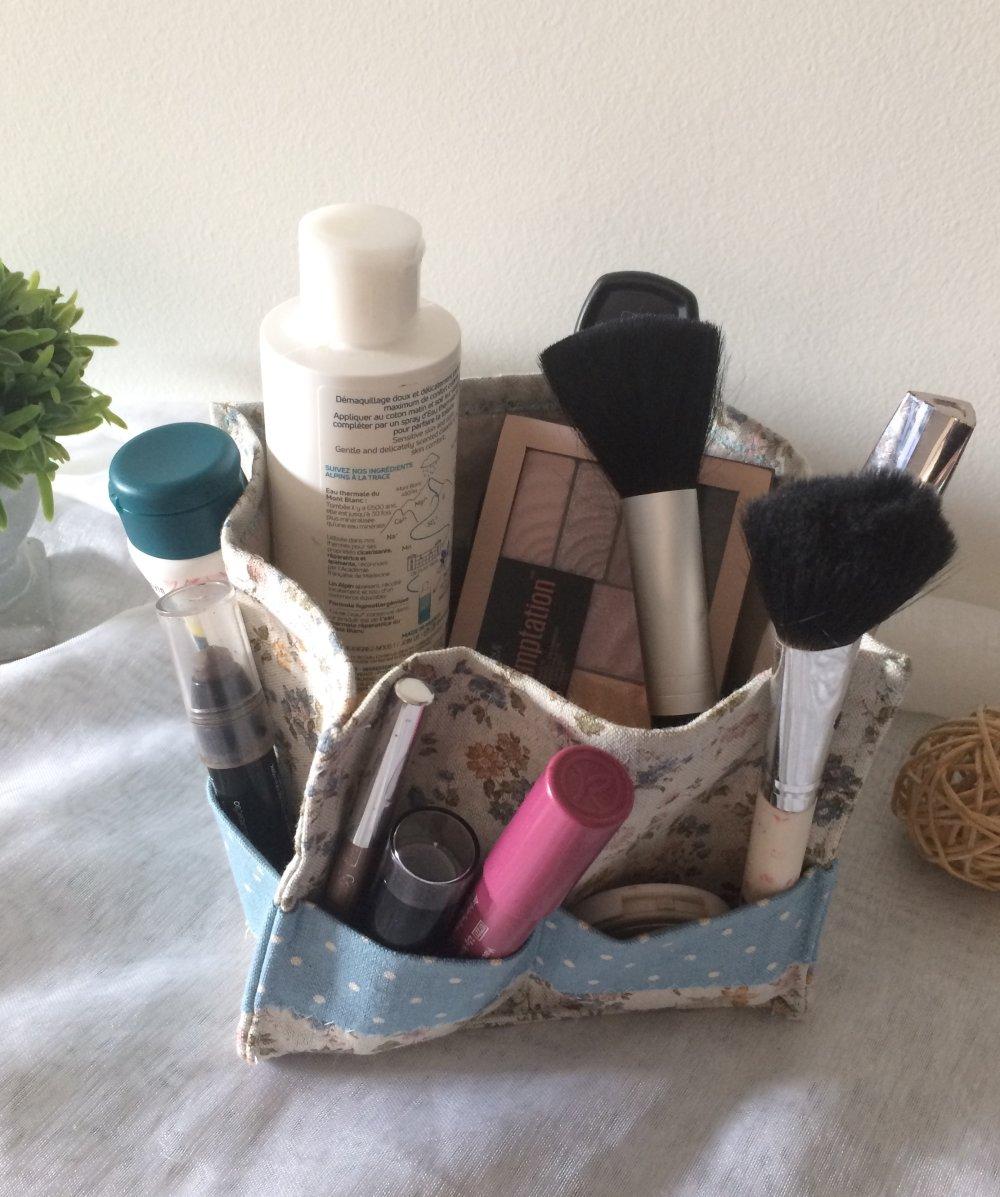 Panier de rangement maquillage