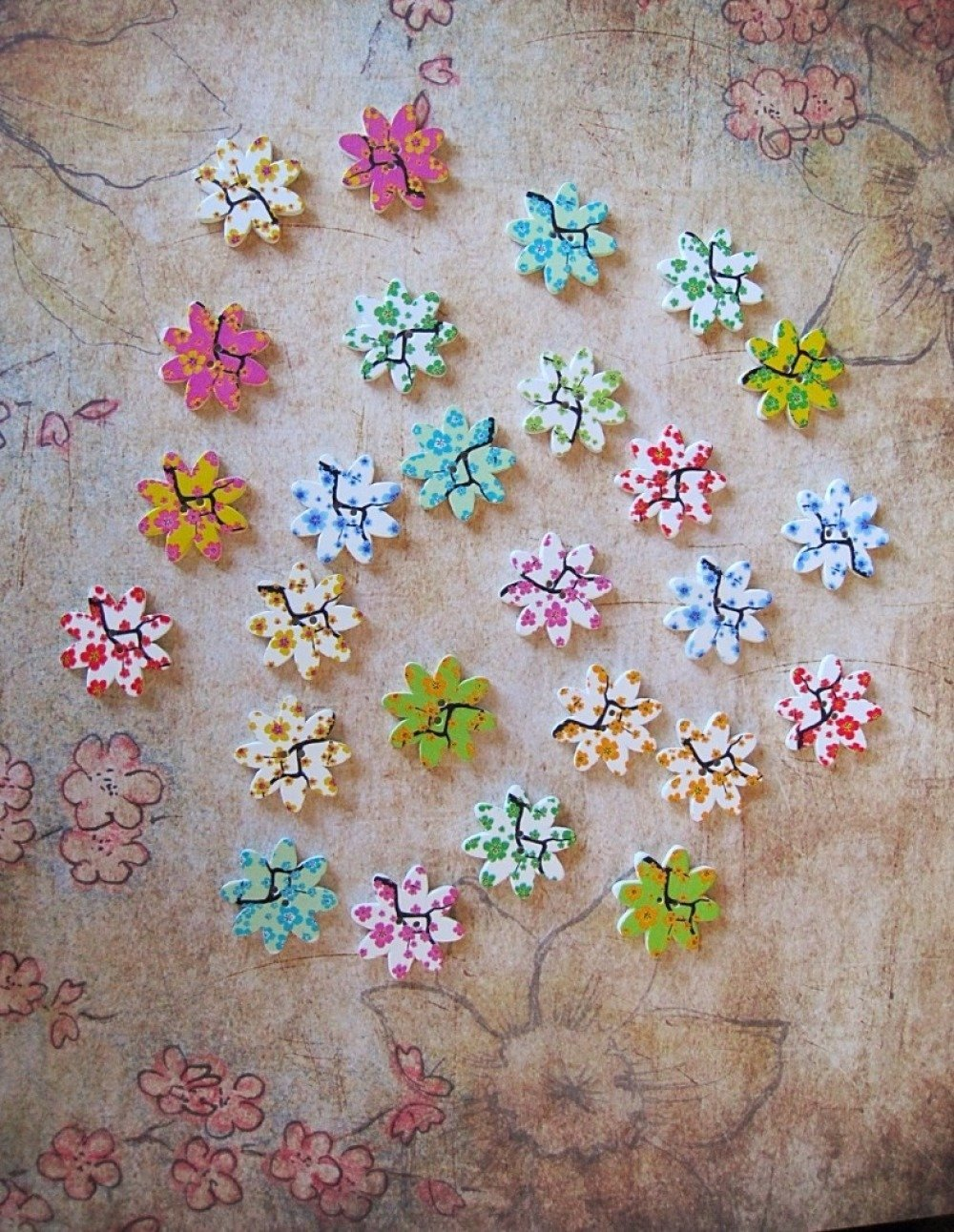 Lot de 4 boutons en bois fleur motif arbre  ( motif mixte nature )