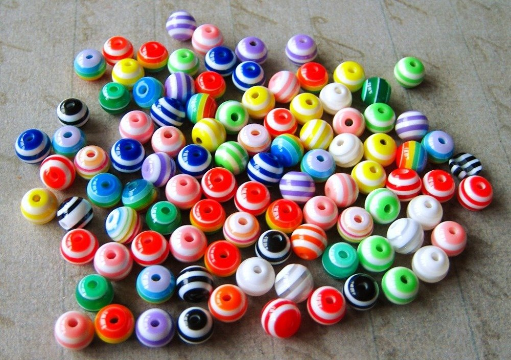 Lot de 15 perles ronde en résine rayées multicolores 6mm