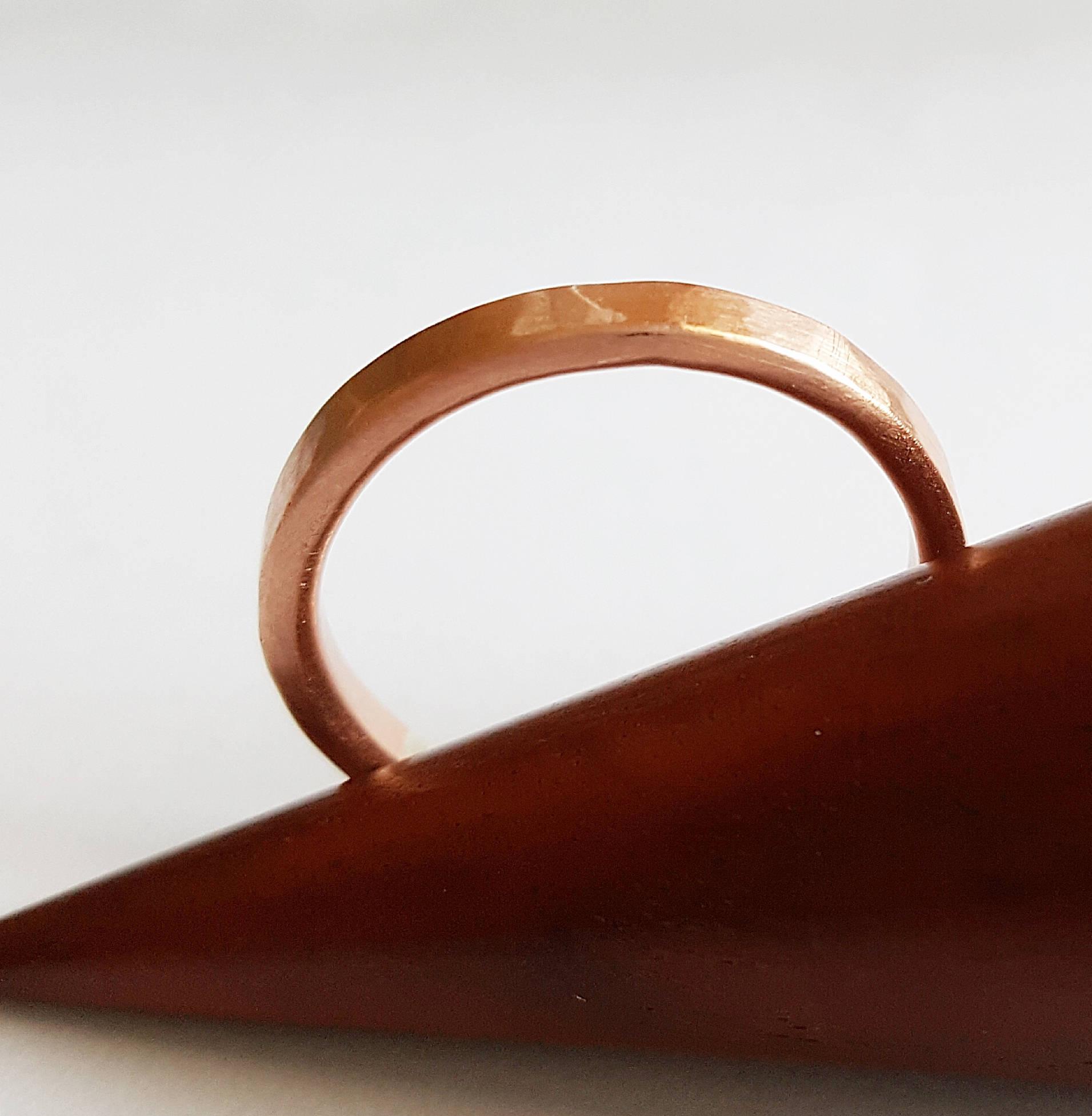 anneau en cuivre martelé 3 mm
