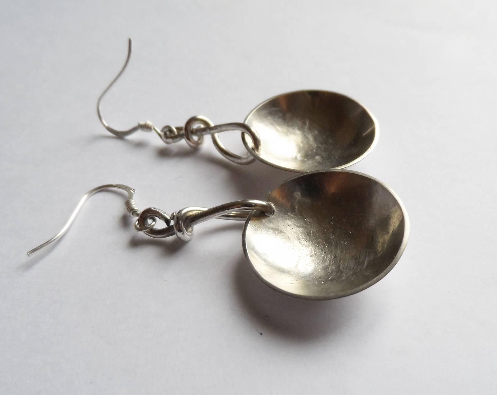Boucles d'oreilles boules en argent martelé