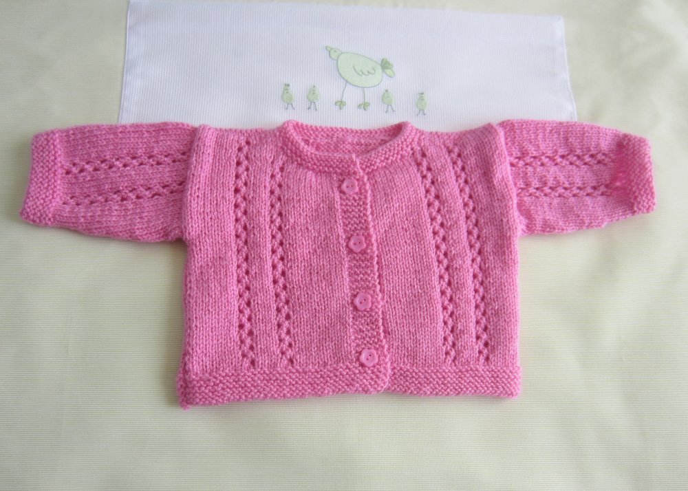 """Veste bébé taille """"naissance"""" coloris rose - Fait Main au tricot"""
