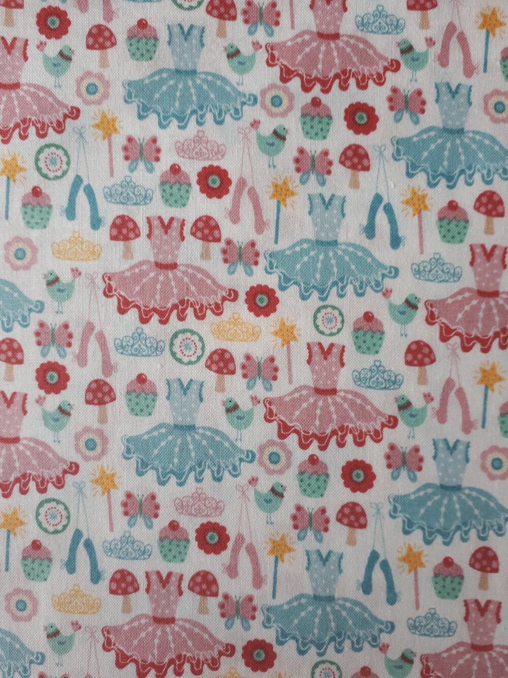TISSU PATCHWORK  DANSEUSE - TUTU ICONS - coupon 45 x 55 cm