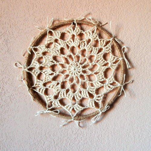 Mandala, décoration murale, dreamcatcher, cercle spirituel.