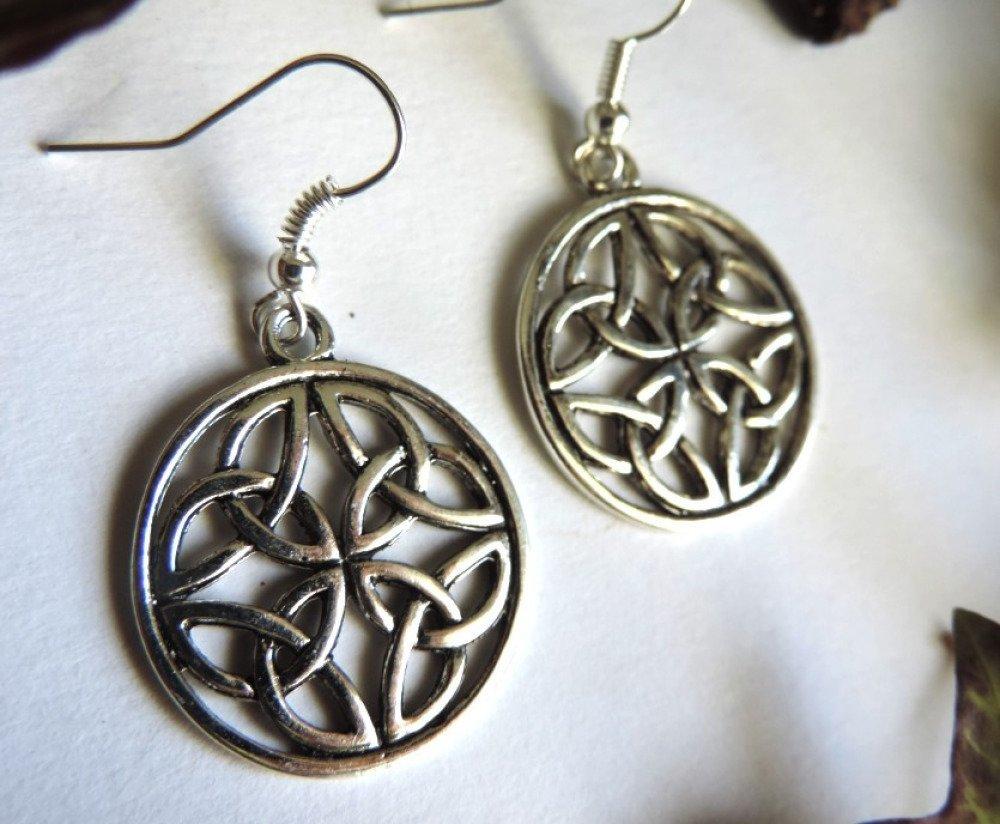 Boucles d'oreilles argentées noeud celtique