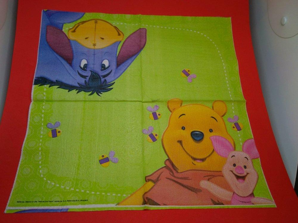 """serviette papier/napkin: Enfant  """"Winnie l'ourson, Porcinet,Bourriquet et les abeilles"""""""