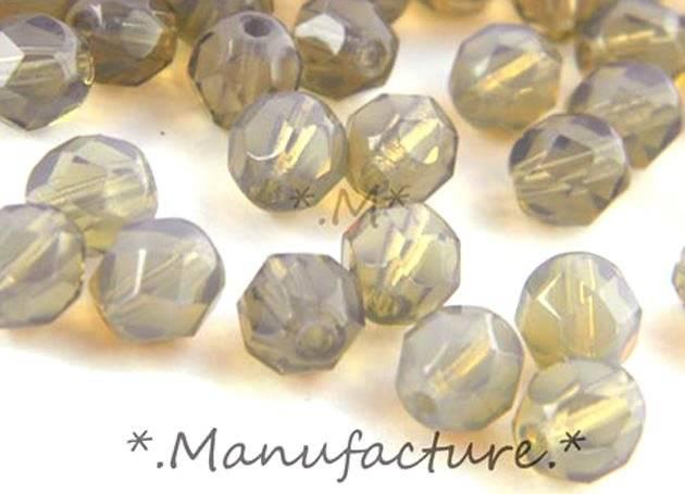 Perles à facettes verre tchèque 6mm gris clair opal x50