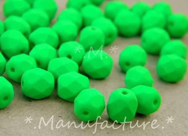 Perles à facettes verre tchèque 6mm vert fluo x50
