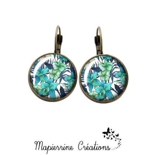 Boucles d'oreilles dormeuse métal bronze cabochon verre fleur hibiscus