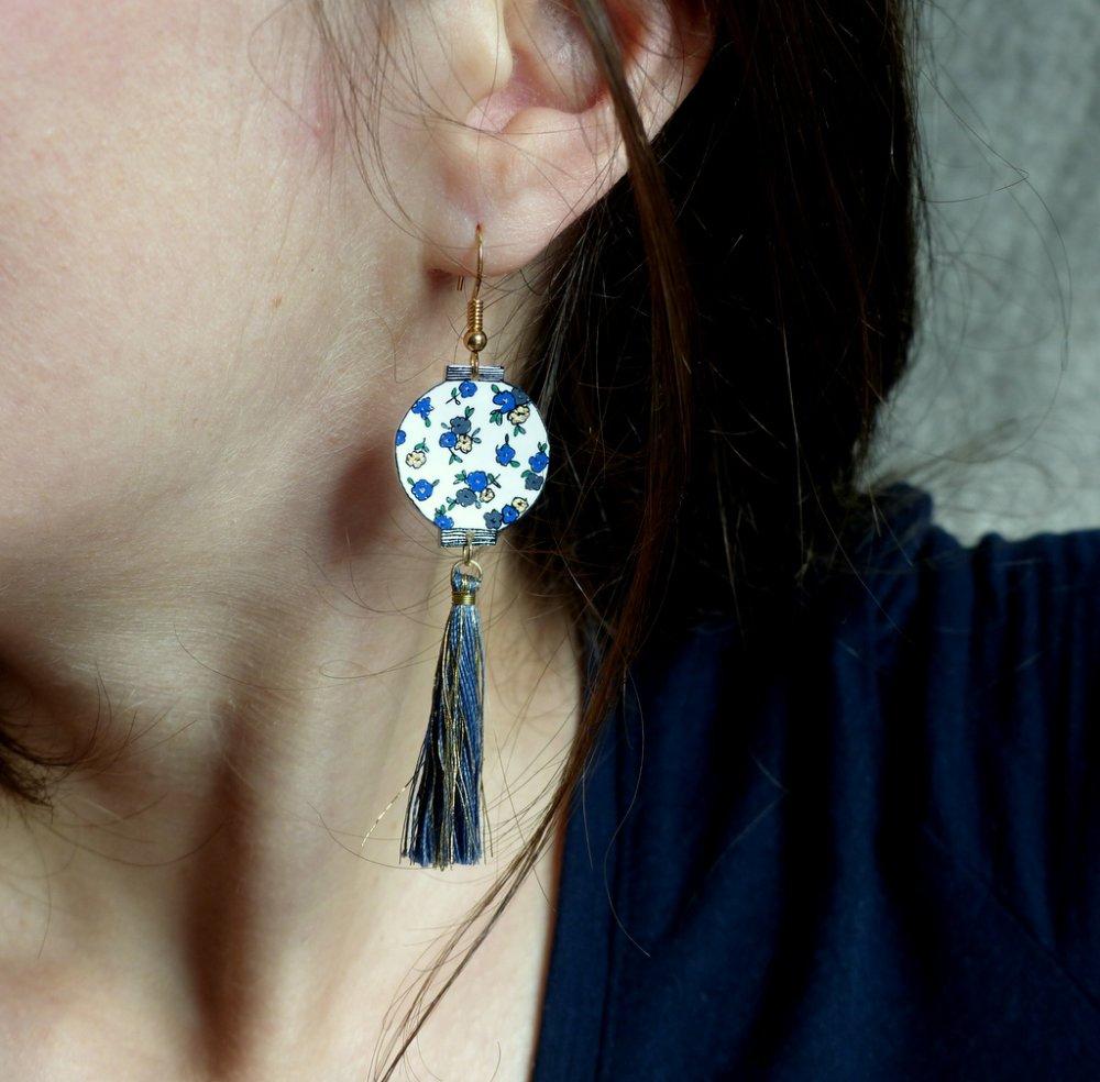 Boucles d'oreilles en plastique fou* Lanternes chinoises* Bleu/ Gris
