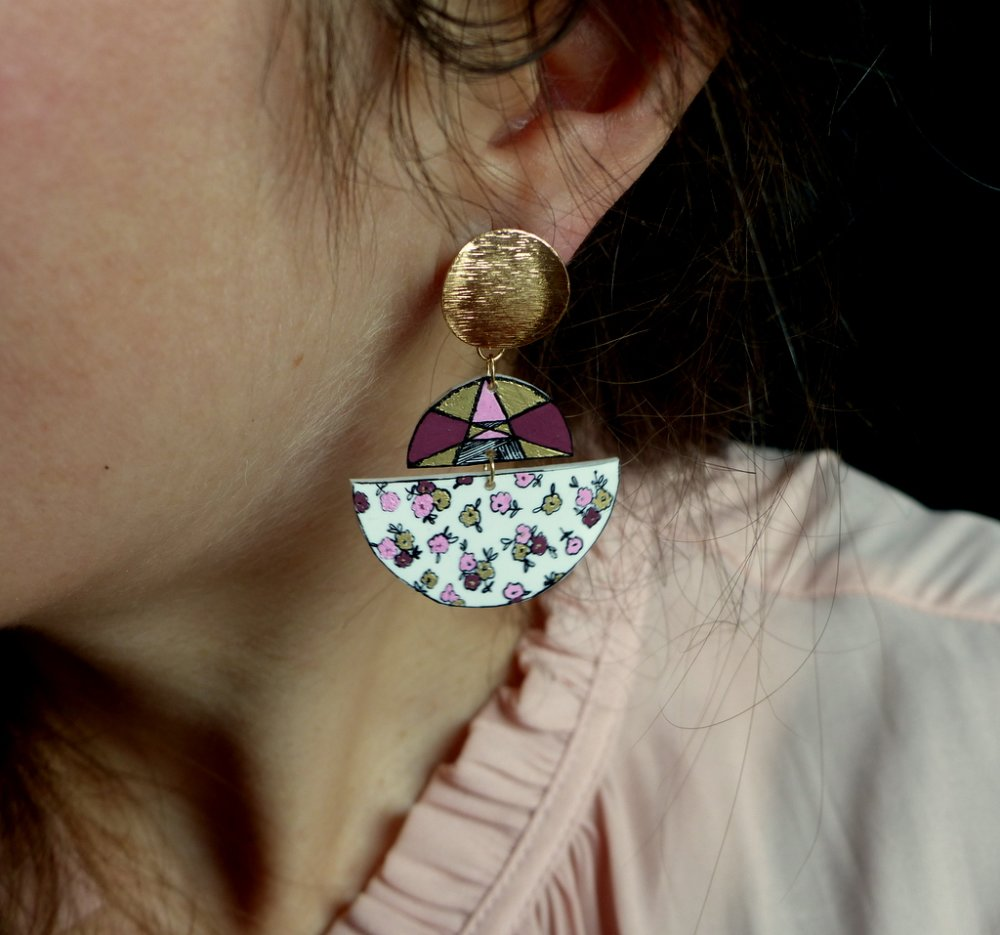 Boucles d'oreilles* Minimalisme* Lunaires* Roses* Puces dorées brossées