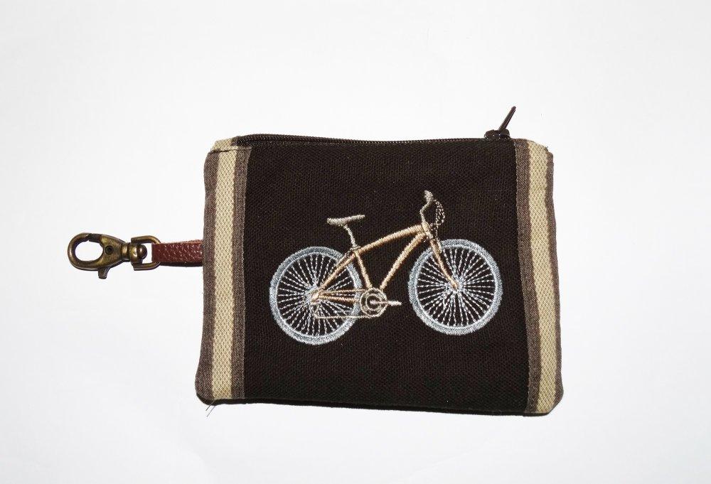 Petit porte-monnaie homme original et pratique  en jean marron avec porte-clef broderie vélo   style vintage