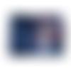 Porte-chéquier horizontal  femme, souche à gauche, suédine bleu marine, tissu bleu, alice au pays des merveilles