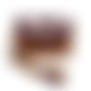 Grand portefeuille femme,  faux cuir camel, suédine aubergine, tissu blanc cassé , fleurs sauvages,  dragonne amovible, porte-chéquier