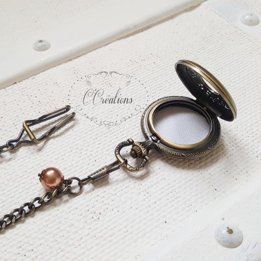 Porte Alliances Montre gousset pour mariage, perle nacrée et intérieur lin blanc