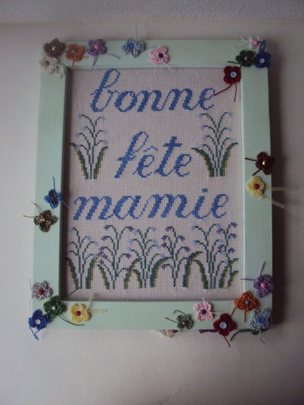 """Broderie point compté """" Bonne fête mamie """""""