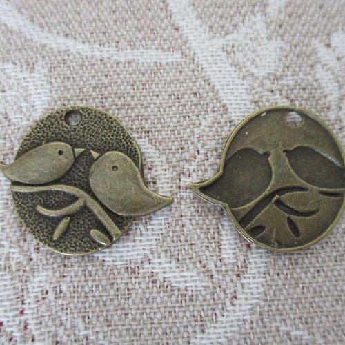 5 breloques  oiseaux en métal couleur bronze