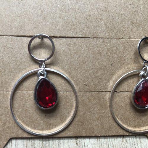 Boucles d'oreilles clou strass goutte rouge anneau