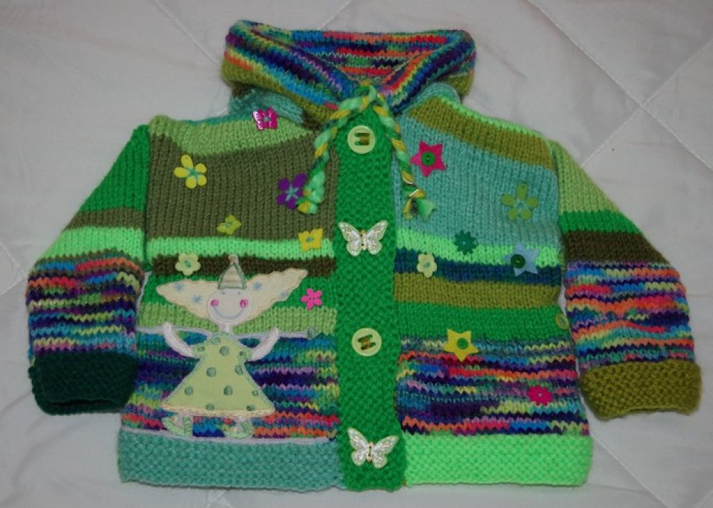 GILET 1 AN original tricoté mains capuche lutin